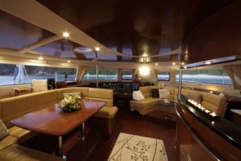 caribbean charter yacht pas de deux 16