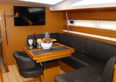 Luxury Yacht Charters in the Caribbean aboart Sailing Yacht Zuma 3