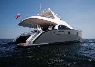 Luxury Yacht Sea Bass Available for charter in the Caribbean 19