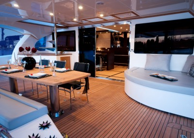 Luxury Yacht Sea Bass Available for charter in the Caribbean 8