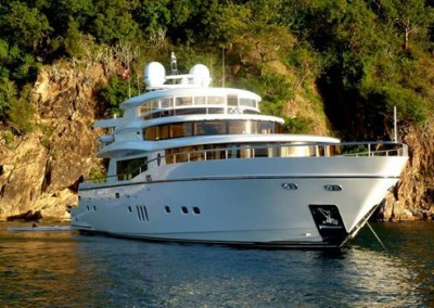 Moto Yacht GO is available for charter in the Caribbean