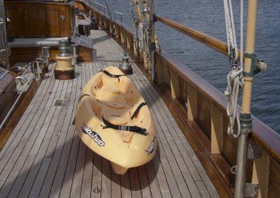 eros-kayak