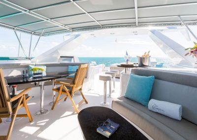 Motor-yacht-unbridled 11